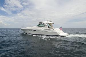 52' Sea Ray 52 Sundancer 2007 Port profile