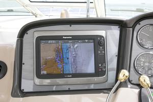 52' Sea Ray 52 Sundancer 2007 Raymarine hybridtouch screen 1