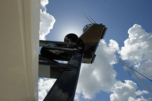 59' Selene  2008 Custom Mast