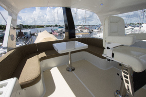 59' Selene  2008 Flybridge Seating