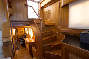 59' Selene  2008 FlybridgeStairs