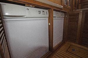 59' Selene  2008 Laundry Room