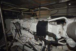 53' Carver 530 Voyager 2001