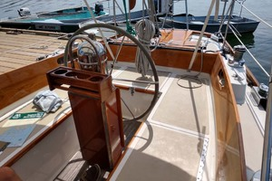 40' Hinckley Bermuda 40 MK III Sloop 1979 Cockpit Seating