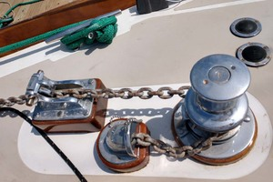 40' Hinckley Bermuda 40 MK III Sloop 1979 Electric Windlass