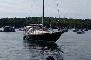 40' Hinckley Bermuda 40 MK III Sloop 1979 Starboard Bow