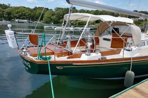 40' Hinckley Bermuda 40 MK III Sloop 1979 Starboard Aft Profile