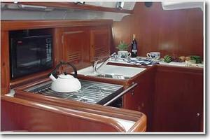 43' Beneteau America 423 2004 Manufacturer Provided Image: Galley