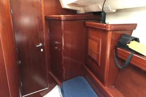 43' Beneteau America 423 2004 Stateroom with door to main cabin closed