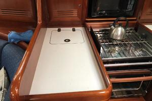 43' Beneteau America 423 2004 Galley counter space, 3 burner stove with oven