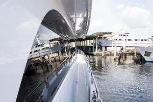 72' Hatteras 72 Motor Yacht 2008 Starboard Side Deck