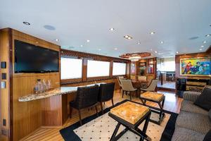 73' Hatteras 72 Motor Yacht 2008 Salon Forward to Port