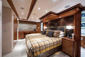 72' Hatteras 72 Motor Yacht 2008 Master Stateroom to Starboard
