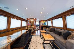 73' Hatteras 72 Motor Yacht 2008 Salon Forward