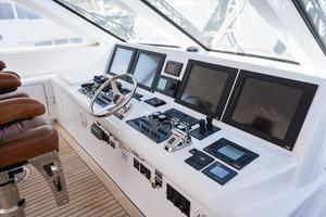 72' Hatteras 72 Motor Yacht 2008 Helm Electronics to Port