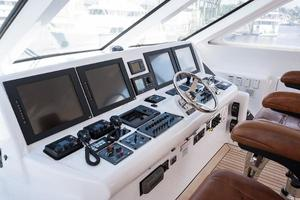 72' Hatteras 72 Motor Yacht 2008 Helm Electronics to Starboard