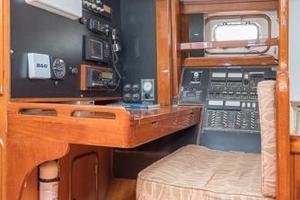 55' Tayana Center Cockpit 1985