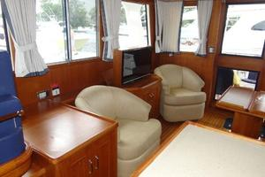 47' Grand Banks Heritage 47 EU 2006 Salon - stbd - looking aft from Galley