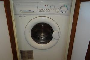47' Grand Banks Heritage 47 Eu 2006 Laundry