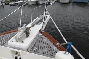 47' Grand Banks Heritage 47 Eu 2006 Bow Pulpit