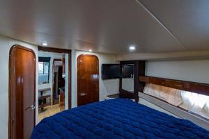 42' Regal 42 Sport Coupe 2013 Master Stateroom (Forward)