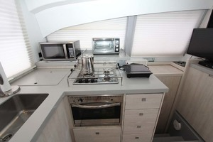 40' Leopard 40 2018 Galley