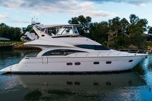 59' Marquis Flybridge Motor Yacht 2004 Starboard Profile  4