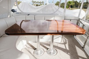 59' Marquis Flybridge Motor Yacht 2004 Flybridge Table