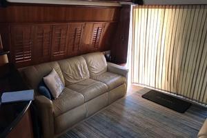 59' Marquis Flybridge Motor Yacht 2004 Settee To Starboard