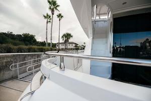 59' Marquis Flybridge Motor Yacht 2004 Stairs to Flybridge