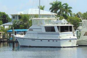 47' Atlantic Motor Yacht 1988 Stern Port Qtr Profile