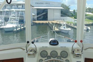 47' Atlantic Motor Yacht 1988 Helm
