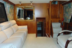 47' Atlantic Motor Yacht 1988 Salon Aft View