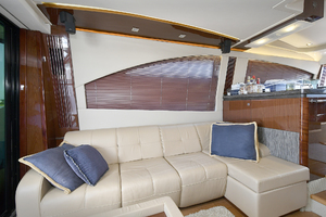 51' Sea Ray 51 Flybridge  2014 Salon