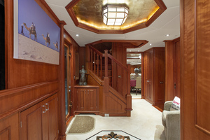 128' Palmer Johnson Custom Tri-deck Motoryacht 2000 FOYER MAIN DECK