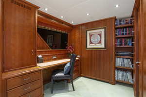 128' Palmer Johnson Custom Tri-deck Motoryacht 2000 STUDY