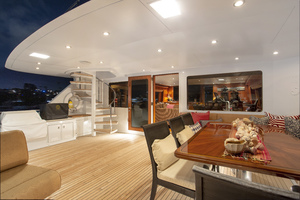 128' Palmer Johnson Custom Tri-deck Motoryacht 2000 BOAT DECK