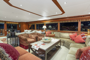 128' Palmer Johnson Custom Tri-deck Motoryacht 2000 SALON