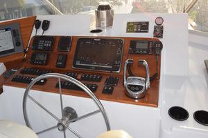 78' Hatteras Cockpit Motoryacht 1989 Upper Helm