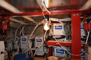 78' Hatteras Cockpit Motoryacht 1989 Engine Room Chillers