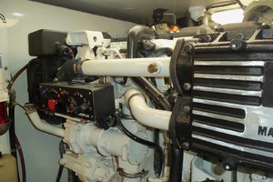 62' Neptunus Cruiser 2004 Starboard Engine