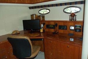 62' Neptunus Cruiser 2004 Office