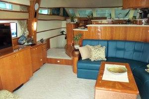 62' Neptunus Cruiser 2004 Salon Looking Forward