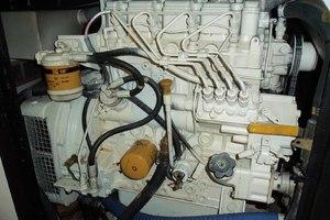 62' Neptunus Cruiser 2004 CAT Generator
