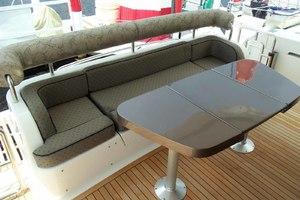 62' Neptunus Cruiser 2004 Aft Deck Table