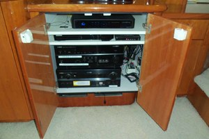 62' Neptunus Cruiser 2004 Entertainment Electronics
