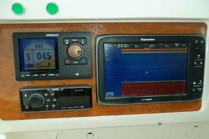 62' Neptunus Cruiser 2004 Portside Electronics