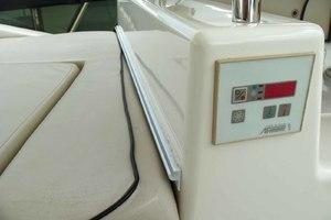 62' Neptunus Cruiser 2004 Flybridge AC Controls