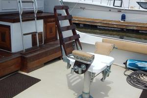 53' Hatteras 53 Convertible 1978 FightingChair