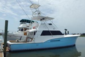 53' Hatteras 53 Convertible 1978 Starboard Profile